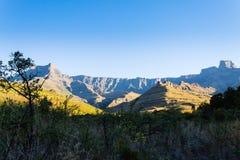 Południe - afrykański punkt zwrotny, Amphitheatre od Królewskiego Natal obywatela Zdjęcia Stock
