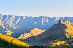 Południe - afrykański punkt zwrotny, Amphitheatre od Królewskiego Natal obywatela P Fotografia Royalty Free