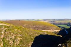 Południe - afrykanina krajobraz wzdłuż drogi Franschhoek Fotografia Stock