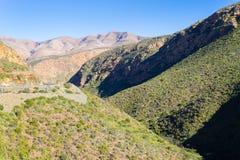 Południe - afrykanina krajobraz wzdłuż drogi Franschhoek Zdjęcie Stock