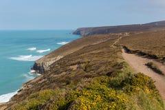 Południowa zachodnie wybrzeże ścieżka blisko Porthtowan Agnes Cornwall Anglia i St Obraz Stock