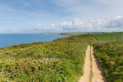 Południowa zachodnie wybrzeże ścieżka w kierunku Thurlestone Południowy Devon Anglia UK od nadziei zatoczki Fotografia Royalty Free