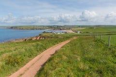 Południowa zachodnie wybrzeże ścieżka w kierunku Thurlestone Południowy Devon Anglia UK od nadziei zatoczki Zdjęcie Stock