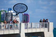 Po?udniowy Pointe molo w Miami pla?y fotografia stock