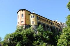 Południowy Szwajcaria; Monastry Santa Caterina Del Sasso na Moun obrazy royalty free
