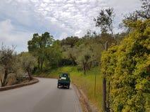 Południowy Włochy na drogowym krajobrazie - Zdjęcie Royalty Free