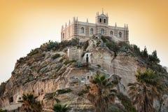Południowy Włochy, teren Calabria, kościół Tropea miasto Zdjęcia Stock
