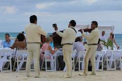 Poślubiać na plaży w Meksyk fotografia royalty free