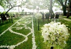 Poślubiać w pięknym ogródzie fotografia stock