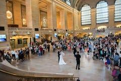 Poślubiać w Uroczystej centrali staci Zdjęcie Stock
