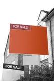 Pośrednik W Handlu Nieruchomościami dla sprzedaż znaka Zdjęcie Royalty Free