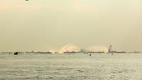 Pożarnicza łódkowata kiści woda w Bosphorus Zdjęcie Stock