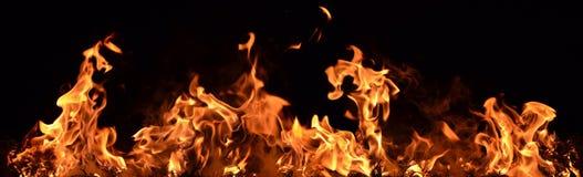 Pożarnicza ściana na czarnym tle obrazy royalty free