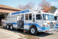 pożarnicza drabinowa ciężarówka Obrazy Royalty Free