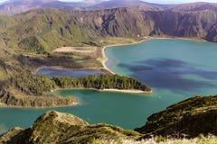 Pożarnicza laguna w Portugalskiej powulkanicznej wyspie zdjęcia stock