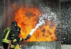 pożarniczy kto pożarniczy palacze stawiają dwa co obrazy royalty free