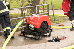 Pożarniczy, pompowy, strażak, Austria, nagły wypadek, pompa wodna Obraz Stock