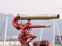 pożarniczy węże elastyczni na holowniku Obrazy Royalty Free