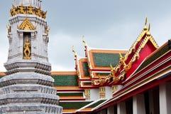 po świątyni wat Zdjęcia Royalty Free