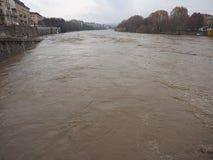 Po ποταμών πλημμύρα στο Τορίνο Στοκ φωτογραφία με δικαίωμα ελεύθερης χρήσης