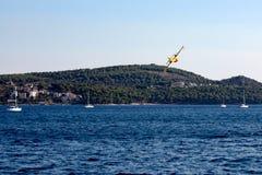 Pożarniczego boju samoloty w Croatia Obrazy Stock