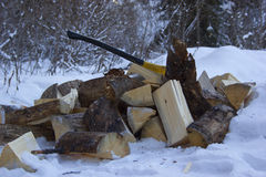 Pożarniczy drewno i cioska Fotografia Stock