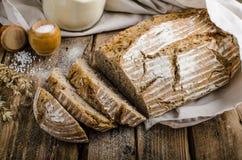 Pão de sourdough caseiro Imagens de Stock Royalty Free