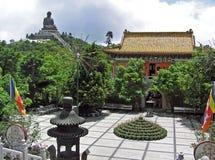 Po Lin μοναστήρι μέσα στο νησί Lantau στο Χονγκ Κονγκ Στοκ Φωτογραφία