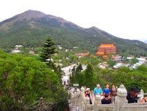 PO Lin Monastery, wie von Tian Tan Buddha, Lantau-Insel, Hong Kong gesehen stockfotos