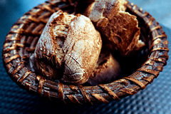Pão na cesta Foto de Stock Royalty Free