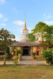 Po Pra πνευμόνων λυπημένο παρεκκλησι λιμνών στο ήχο καμπάνας απαγόρευσης Wat στην Ταϊλάνδη Στοκ εικόνα με δικαίωμα ελεύθερης χρήσης