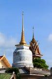 Po Pra πνευμόνων λυπημένο παρεκκλησι λιμνών στο ήχο καμπάνας απαγόρευσης Wat στην Ταϊλάνδη Στοκ Εικόνες