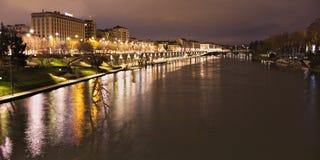 Po rzeka i Murazzi doki, Torino, Włochy, noc widok Fotografia Stock