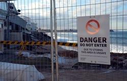 Po tym jak duża burza, domy przy Collaroy plaży przodem Fotografia Royalty Free