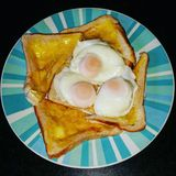 Poached Eggs On Toast Royalty Free Stock Photos