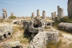 Pobiti Kamani η πέτρινη έρημος, ένα έρημος-όπως φαινόμενο βράχου που βρίσκεται στη Βουλγαρία Στοκ φωτογραφία με δικαίωμα ελεύθερης χρήσης