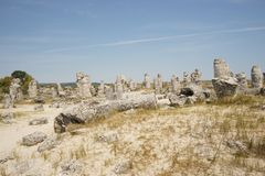 Pobiti Kamani le désert en pierre, un phénomène comme un désert de roche situé dans la Bulgarie image libre de droits