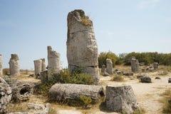 Pobiti Kamani le désert en pierre, un phénomène comme un désert de roche situé dans la Bulgarie photos libres de droits