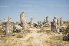 Pobiti Kamani le désert en pierre, un phénomène comme un désert de roche situé dans la Bulgarie photographie stock libre de droits