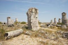 Pobiti Kamani le désert en pierre, un phénomène comme un désert de roche situé dans la Bulgarie photos stock