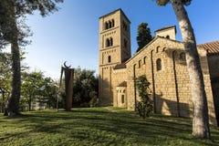 Poble Espanyol utformar det traditionella arkitektoniska komplexet som byggs i 1929 till exempel av olik spansk byggnad, Barcelon Arkivbilder
