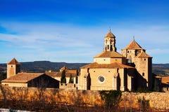 Poblet修道院看法在冬天 卡塔龙尼亚 免版税图库摄影