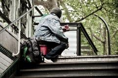 Pobre homem em Paris Imagem de Stock