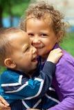 Pobres mas ainda irmão aciganado pequeno feliz Imagem de Stock Royalty Free