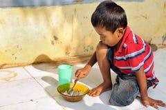 Pobreza e fome imagens de stock