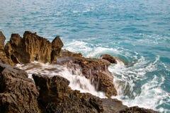 Poca bahía de Fiumicello en costa del ` s de Maratea Fotografía de archivo libre de regalías