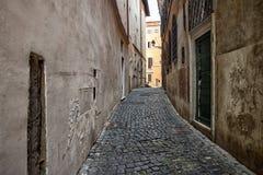 Poca calle en Roma Imagen de archivo libre de regalías