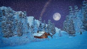 Poca capanna alta in montagne alla notte delle precipitazioni nevose Fotografia Stock