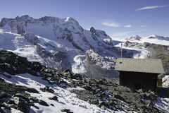Poca capanna sulla montagna Fotografia Stock