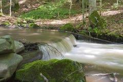Poca cascata Fotografie Stock Libere da Diritti